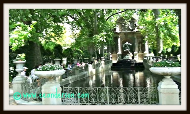 Medici fountain Luxembourg gardens