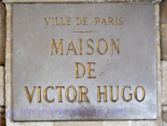 Plaque on Victor Hugo's home